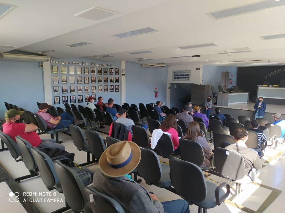 Prefeitura realiza reunião com agricultores para tratar da nova fase do Programa de Aquisição de Alimentos em Arroio do Tigre