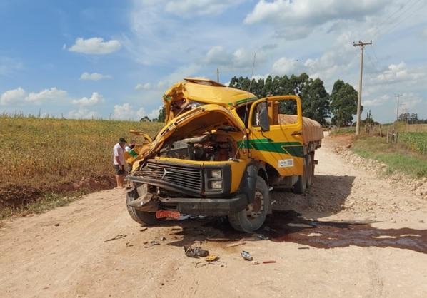 Caminhão de Arroio do Tigre se envolve em acidente com vítima em Pinhal Grande