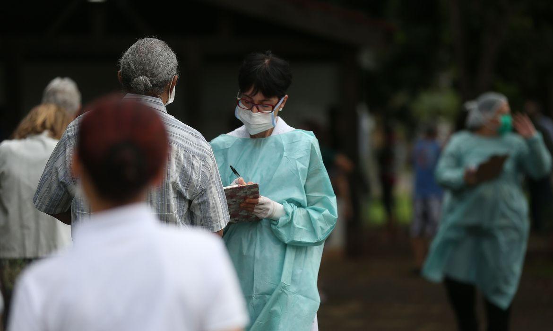 Vacinação contra a gripe atinge menos de 30% do público-alvo