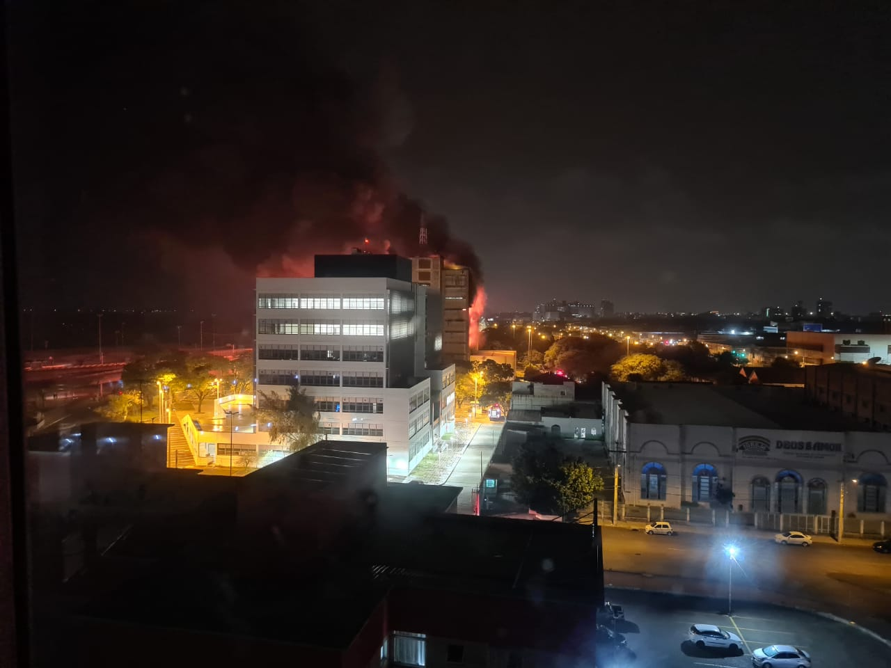 Vice-governador alerta para risco de desabamento do prédio da SSP em Porto Alegre