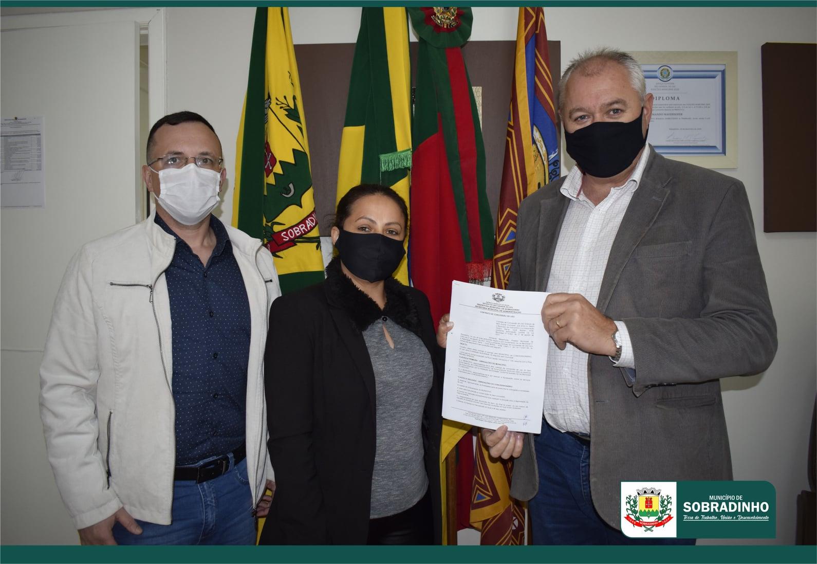 Assinado contrato de concessão de sala para Associação Centro Serra Você Mulher