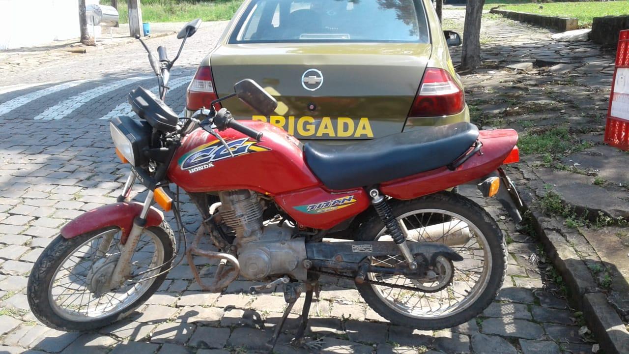 BM de Arroio do Tigre apreende menor por furto de veículo