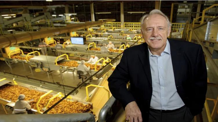 Defesa das indústrias e da cadeia produtiva do tabaco continuará sendo o foco, diz presidente reeleito do Sinditabaco