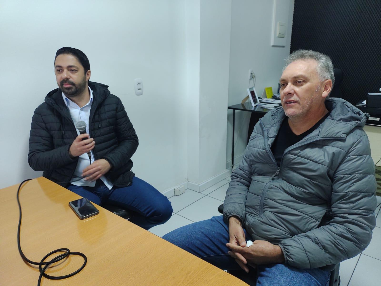 Deputado entrega emenda de R$ 300 mil ao Hospital Santa Rosa de Lima