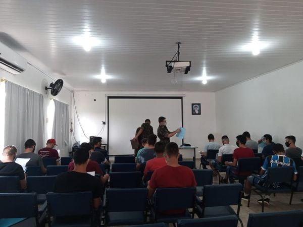 Jovens de Salto do Jacuí e Jacuizinho realizam inspeção de saúde para serviço militar