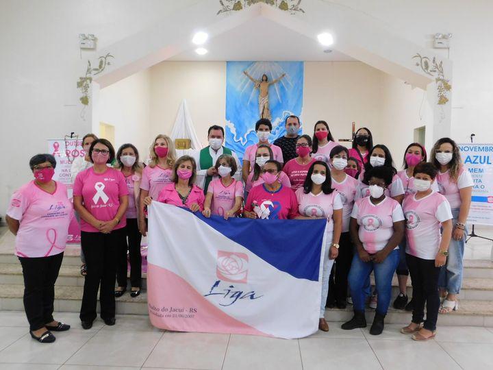 Missa em ação de graças marca o início das atividades do outubro rosa em Salto do Jacuí