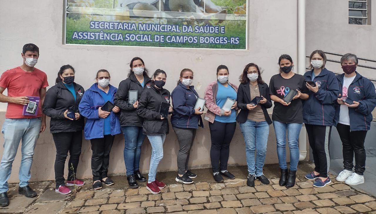 Prefeitura de Campos Borges distribui tabletes para agentes de saúde