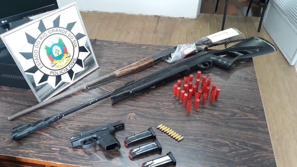 Polícia Civil apreende armas e prende homem em Arvorezinha