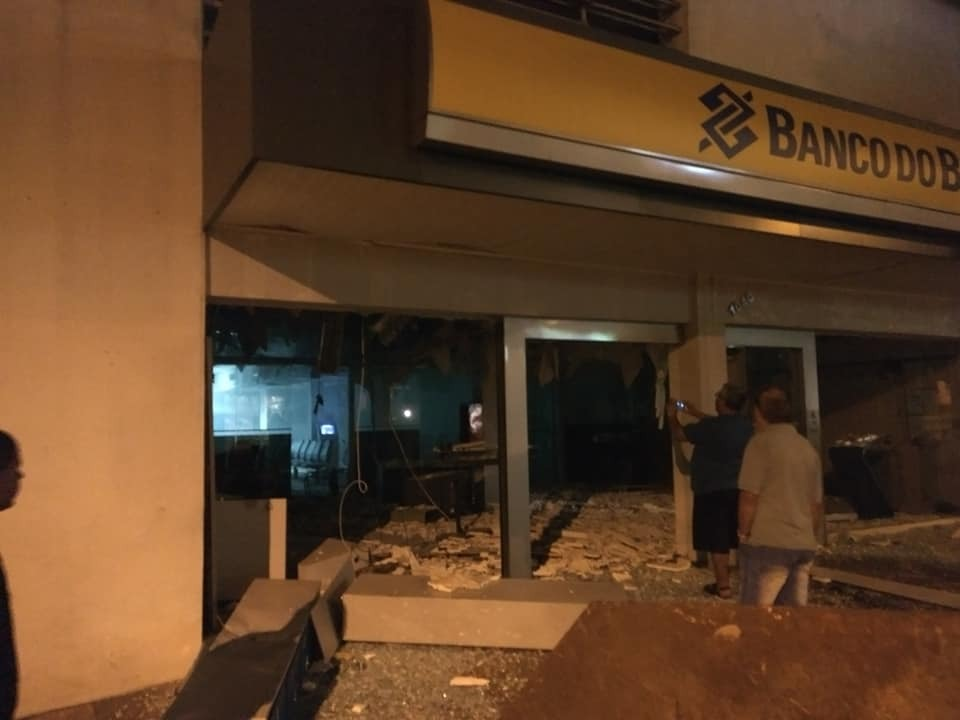 Criminosos atacam agências bancárias em Ibirubá
