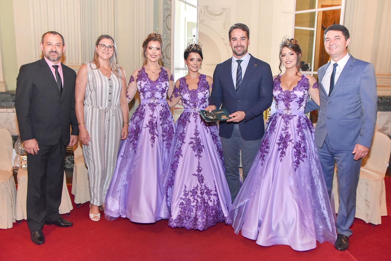 Comitiva entrega convite da Exposol 2020 ao Governador Eduardo Leite