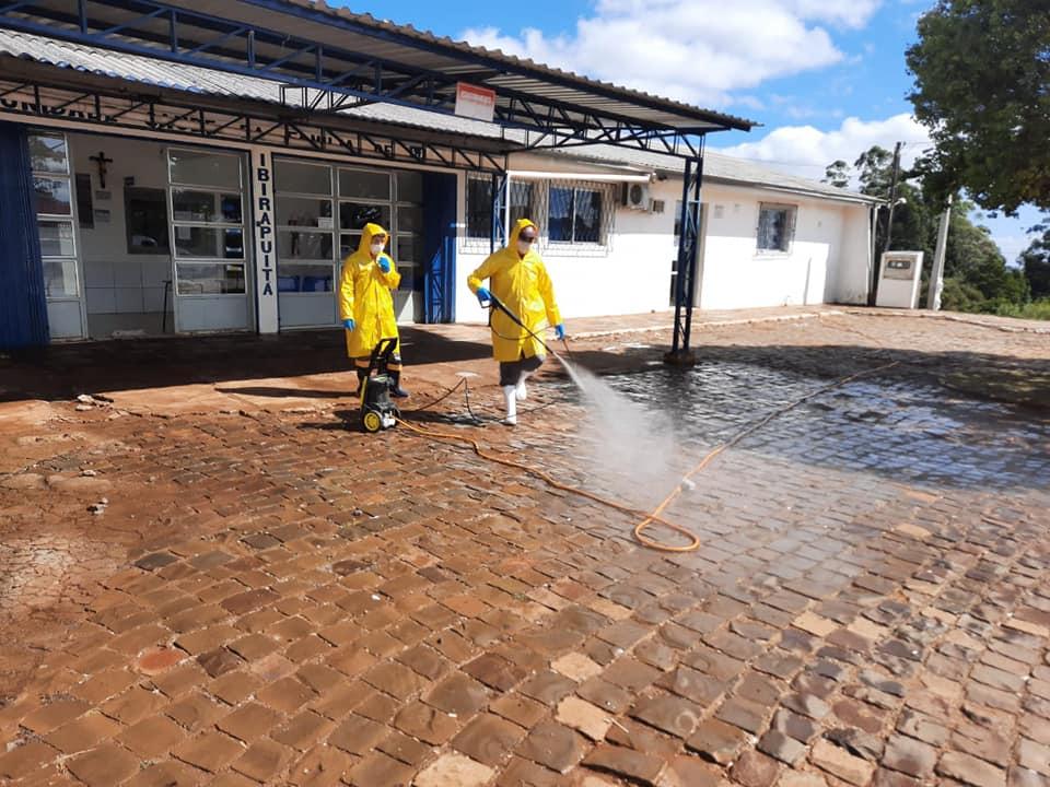 Prefeitura de Ibirapuitã está realizando a higienização e limpeza das ruas