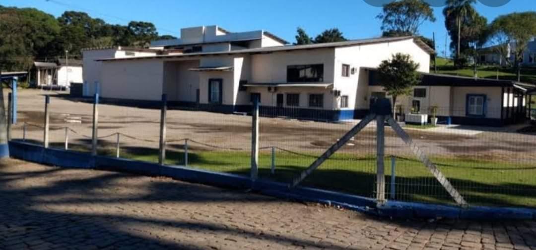 Administração de São José do Herval em parceria com a família Nicolau planeja reativação de frigorífico