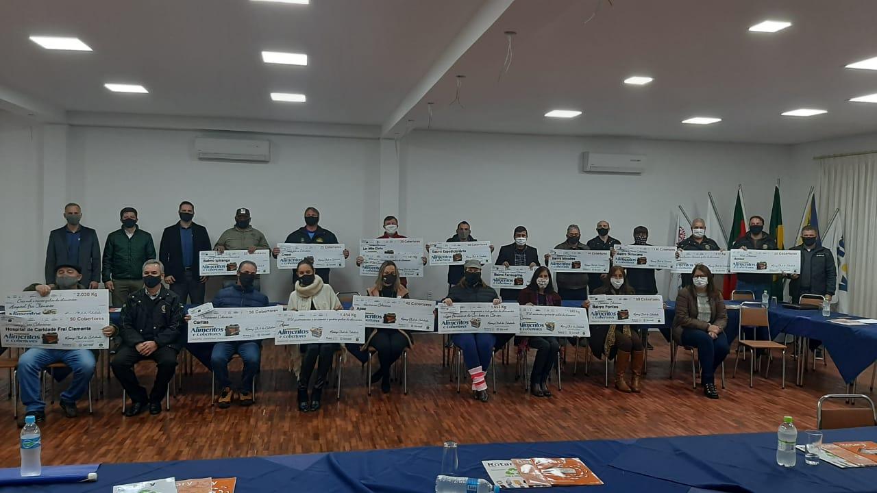 Rotary Clube Soledade realiza entrega de 9 toneladas de alimentos e mais de 1 mil cobertores