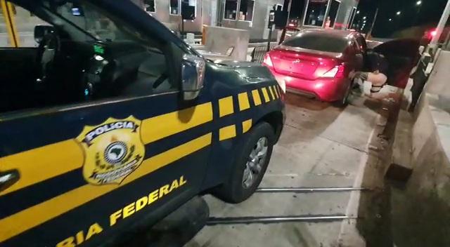 PRF prende casal com cocaína em Fontoura Xavier
