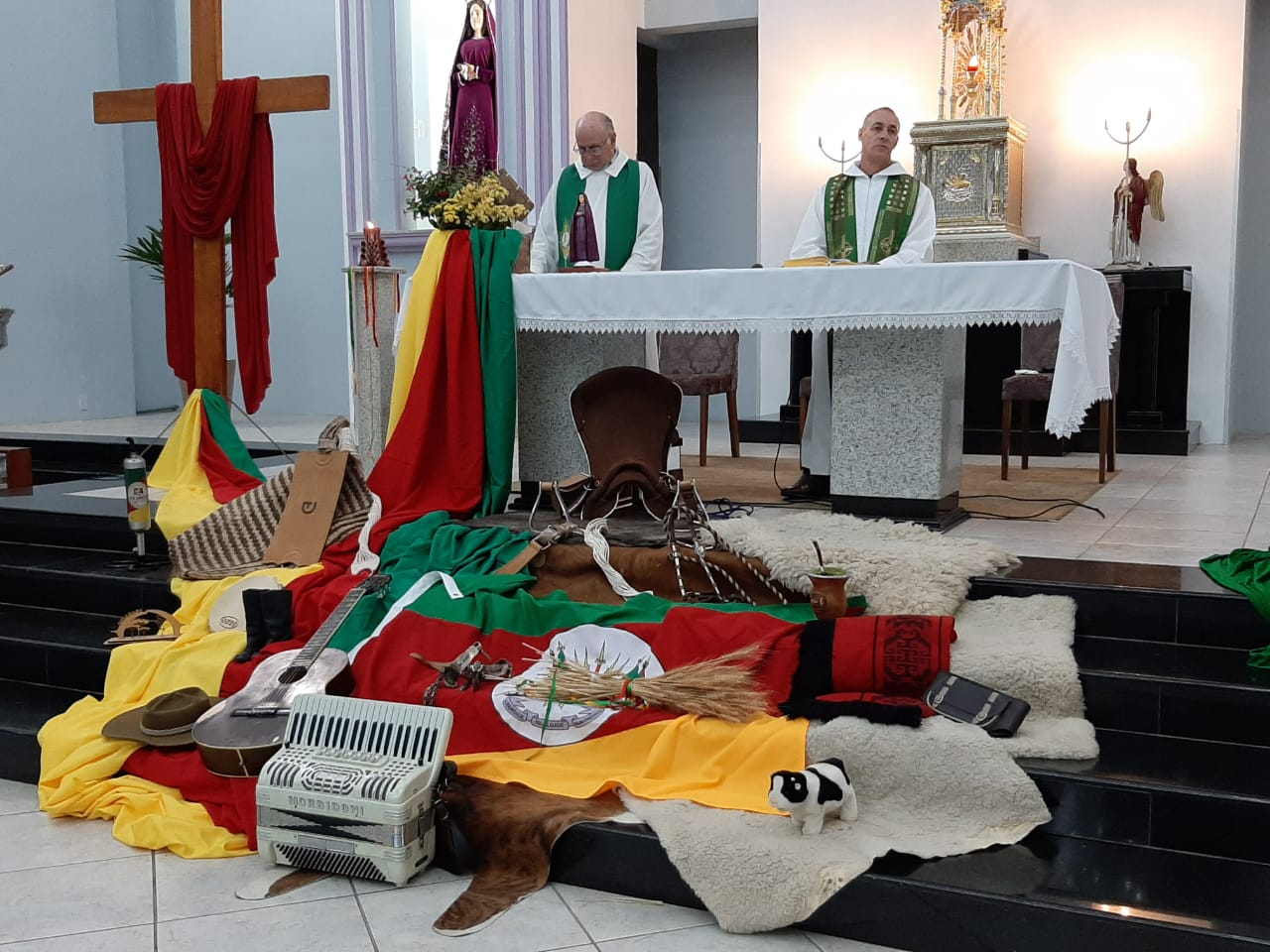 Com Missa Crioula, Semana Farroupilha é encerrada em Soledade