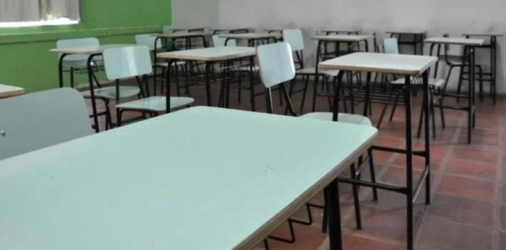 Governo do RS irá permitir aulas presenciais em regiões com bandeira vermelha