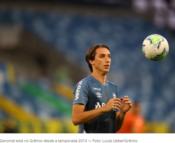 """Presidente do Grêmio revela conversa """"adiantada"""" com Geromel para renovação"""