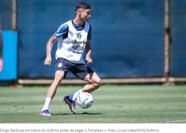 Diogo Barbosa cita tropeços de rivais e reforça foco do Grêmio em arrancada no Brasileiro