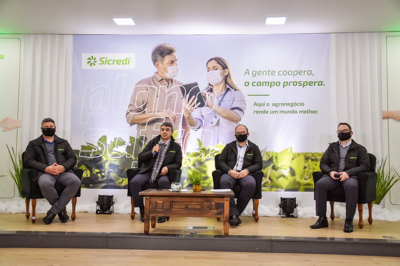 Plano Safra da Sicredi Botucaraí RS/MG tem R$ 462 milhões de recursos