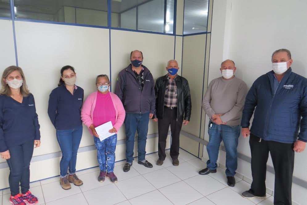 Agricultora recebe concessão de uso de Terras Devolutas em São José do Herval