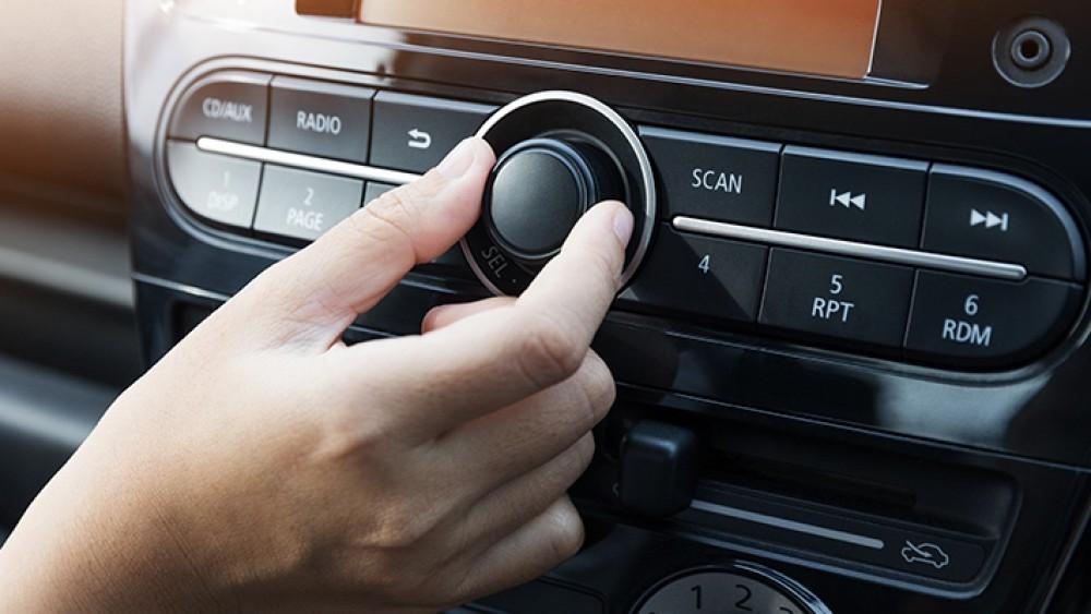 Kantar IBOPE Media aponta crescimento no consumo de rádio. Meio alcança 80% dos brasileiros