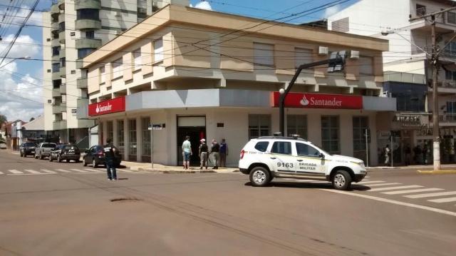 Agência do Santander de Não-Me-Toque é alvo de tentativa de assalto