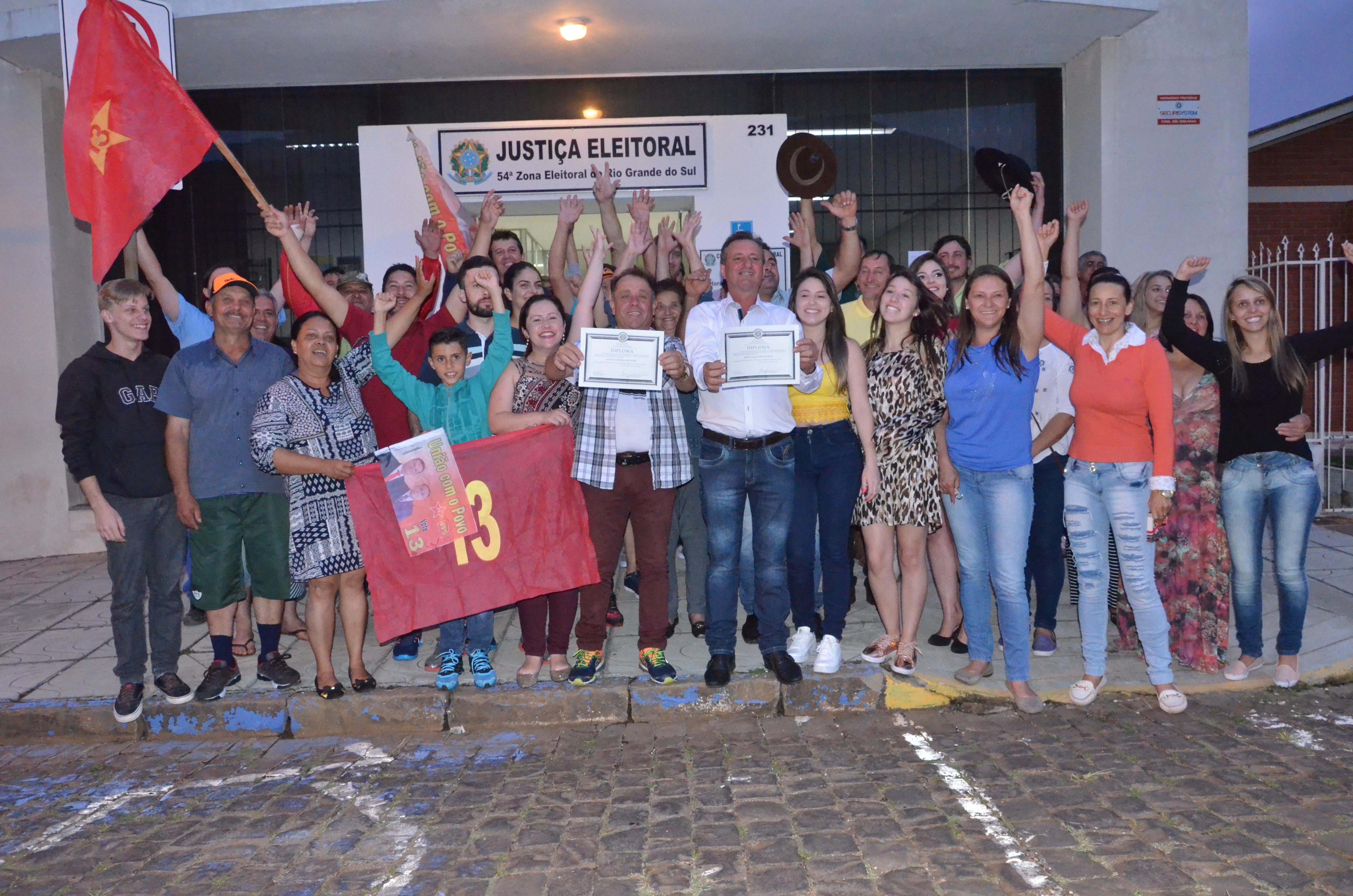 TRE defere mandado de segurança e José Flávio e vice são diplomados pela Justiça Eleitoral