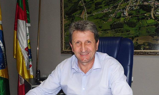 Mesmo com crise, servidores de Barros Cassal receberão seus vencimentos em dia