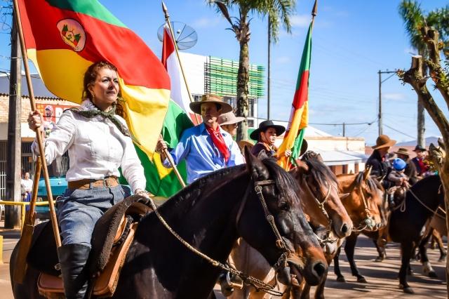 Entidades tradicionalistas se preparam para o Desfile Farroupilha em Soledade