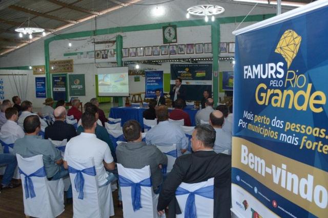 Famurs pelo Rio Grande reúne prefeitos do Alto da Serra do Botucaraí durante a Expomormaço 2017