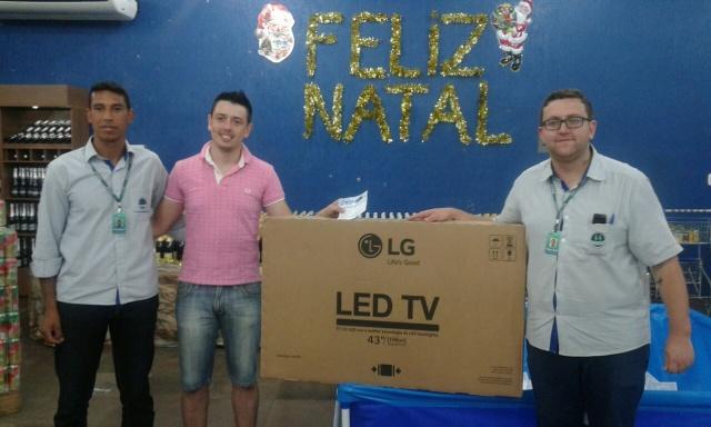 9 televisores são sorteados na Promoção entre de Carrinho e saia de Carrão da Coagrisol