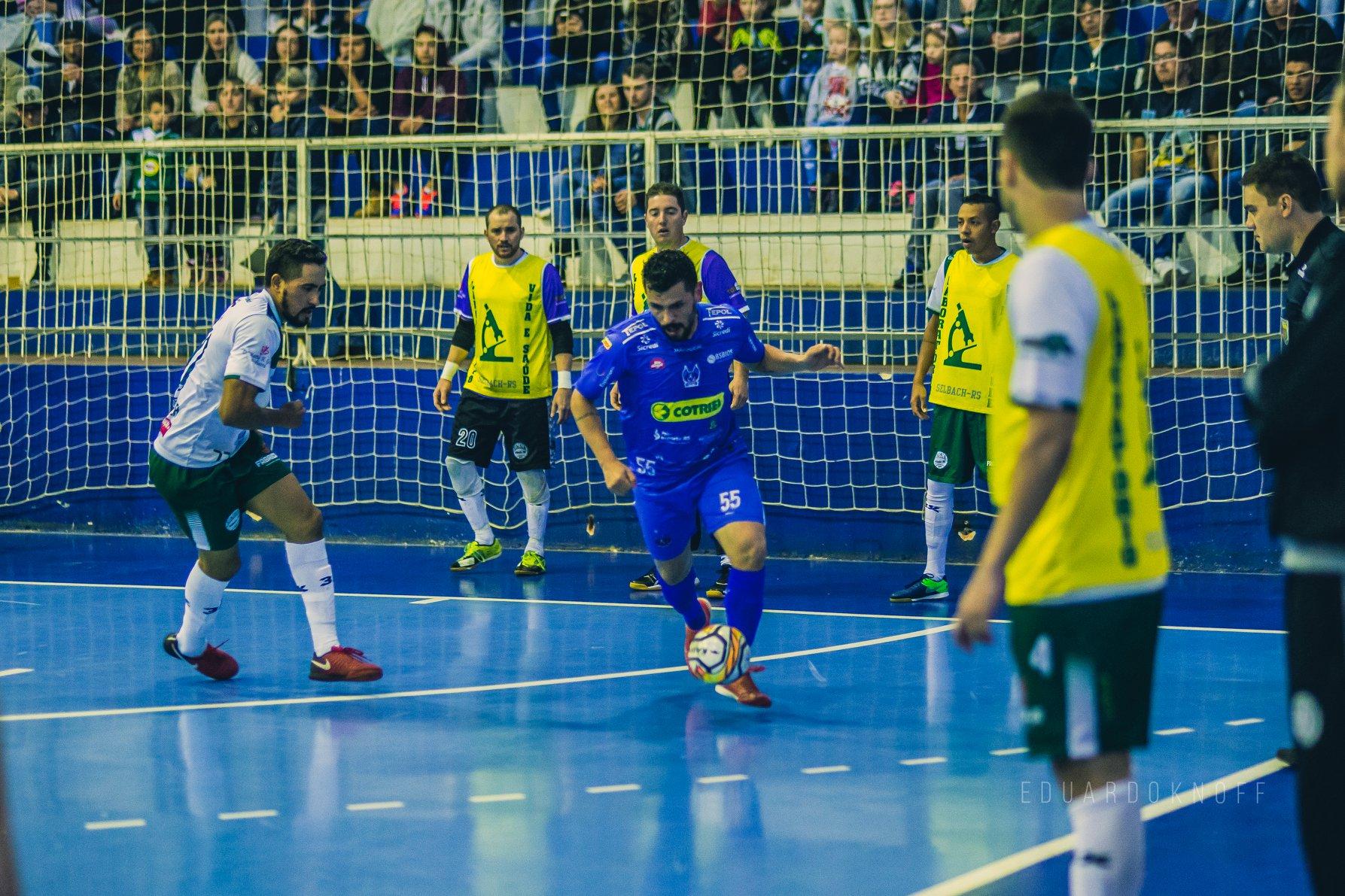 Quatro times da região disputam a Taça Farroupilha Planalto de Futsal