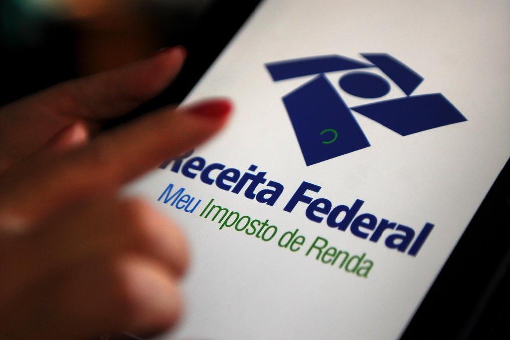 Especialista fala sobre prorrogação do prazo de entrega do Imposto de Renda