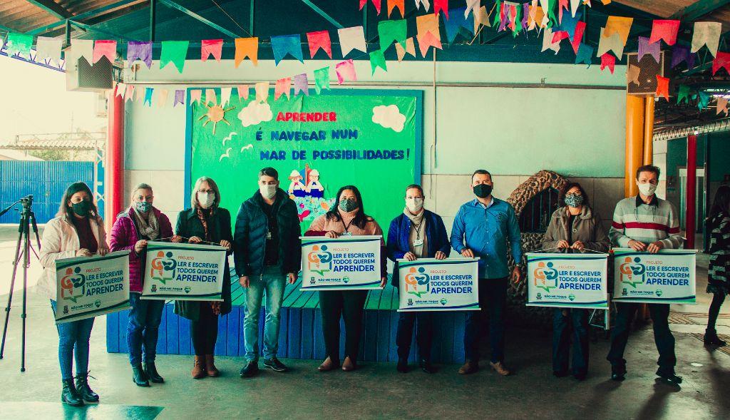 Não-Me-Toque lança projeto visando adequar idade das crianças com currículo pedagógico