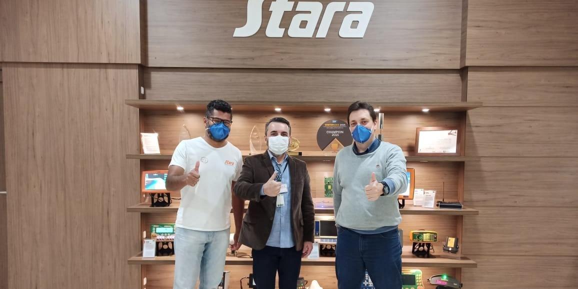 Secretário de Santa Rosa visita Stara em Não-Me-Toque para conhecer estrutura e tecnologias
