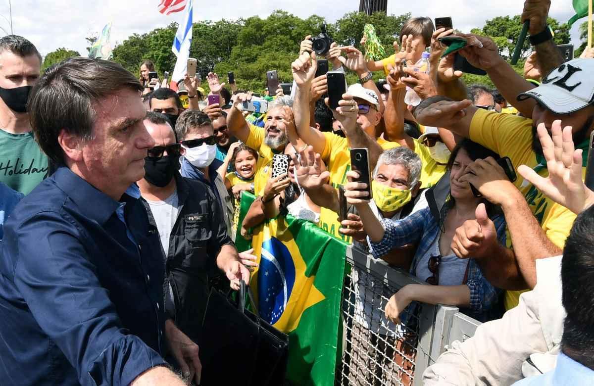 Apoiadores do presidente Bolsonaro irão às ruas no 1º de agosto em defesa do voto impresso