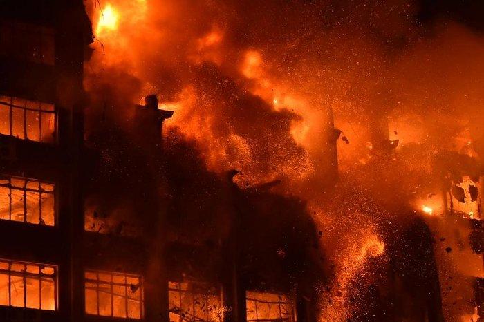 Dois bombeiros estão desaparecidos após combate a incêndio na Secretaria de Segurança Pública