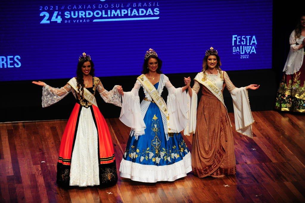 Cerimônia de escolha das soberanas da Festa da Uva 2022 foi marcada pela emoção