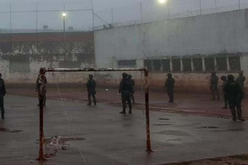 Presidiário morre e policial fica ferido durante briga em penitenciária de Erechim