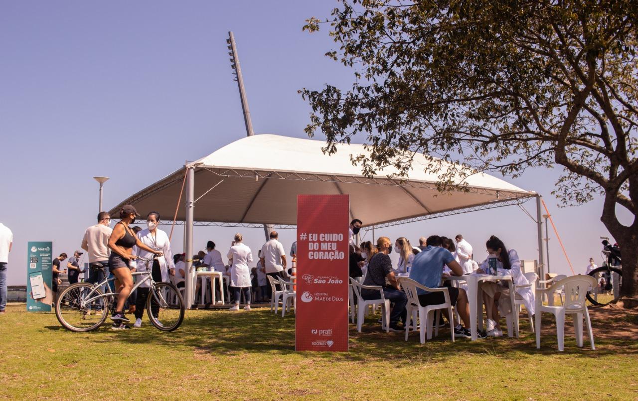 Mais de 300 pessoas verificam a saúde do coração em ação promovida pela Rede de Farmácias São João e Hospital Mãe de Deus