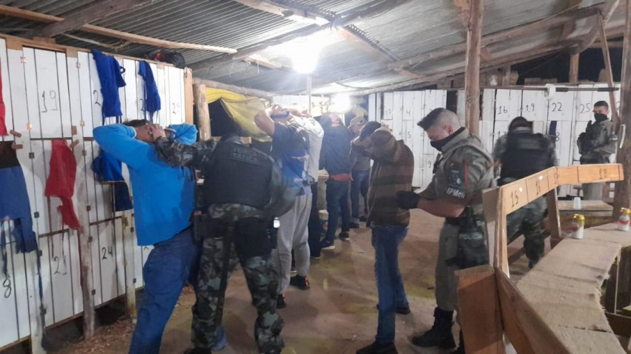 Brigada Militar prende responsável por rinha de galo em Água Santa