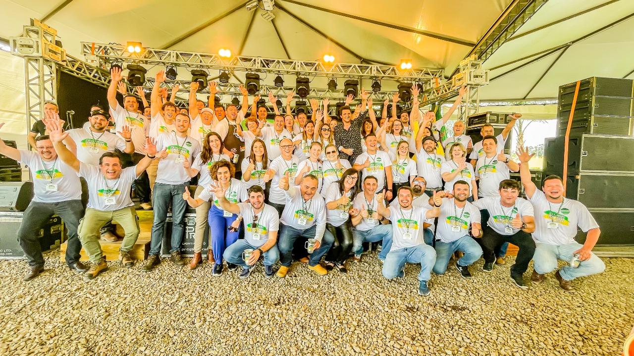 Fórum Brasil Verde Amarelo coloca Não-Me-Toque em destaque na defesa de um Brasil melhor