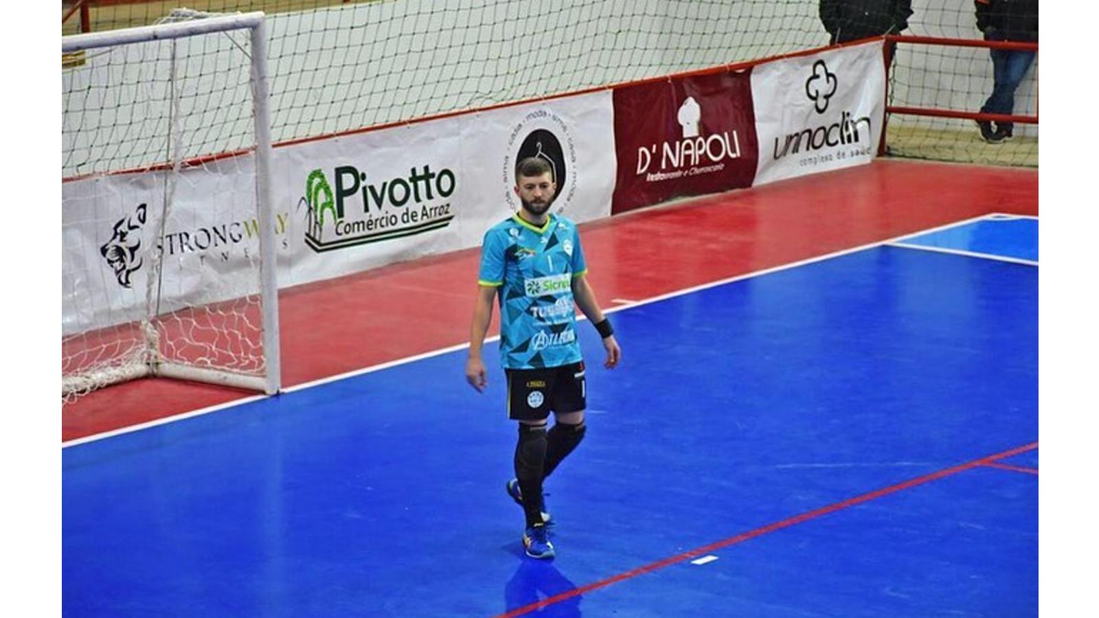 Goleiro não-me-toquense encerra temporada com permanência da SASE na Série A do Gauchão de Futsal