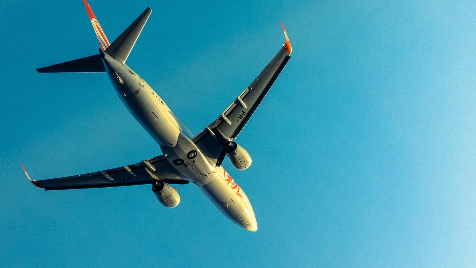 Preço de passagens aéreas sobe 56,8% em 12 meses e frustra planos de viagem