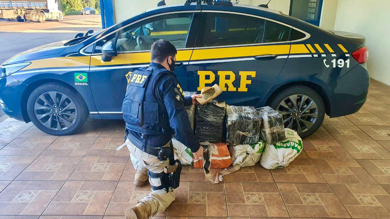 PRF prende traficante com quase 200 quilos de maconha em Sarandi