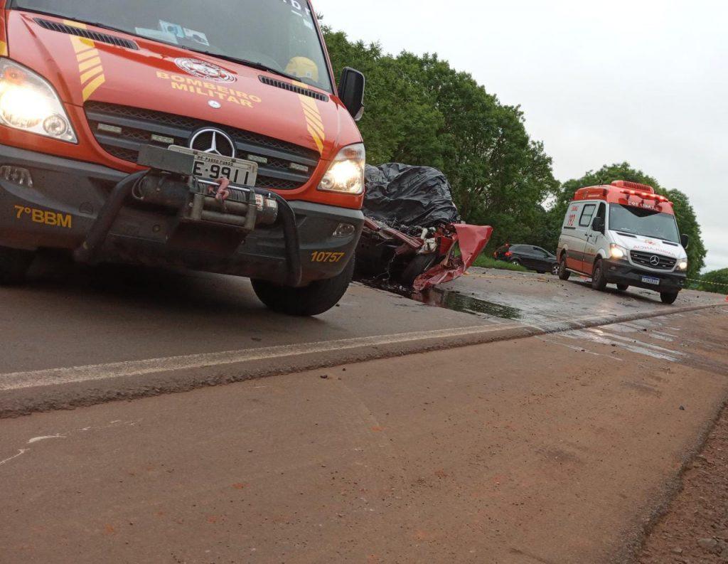 Colisão entre carro e caminhão deixa um morto entre Passo Fundo e Ernestina