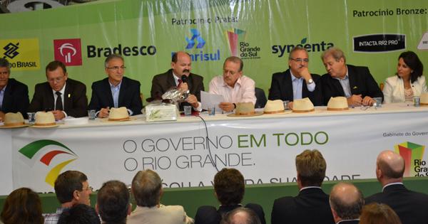Tarso Genro realiza  na Expodireto a 24ª interiorização de seu governo