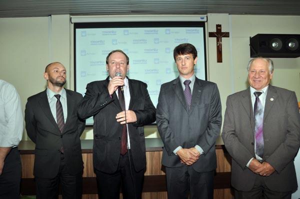 Carlos Jandrey tomou posse na Amaja