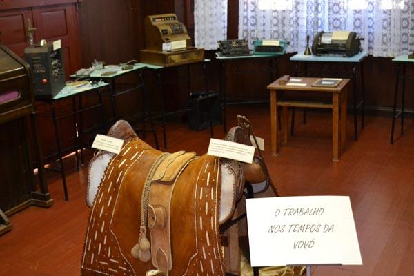 Casa da Cultura expõe objetos que fazem parte da história de NMT