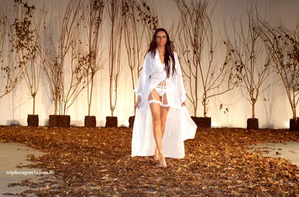 Feisa promove desfile de moda show